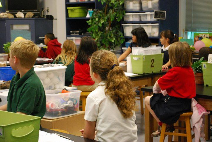 classroom-488375_1280